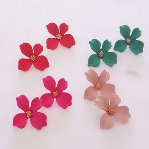 Super Cute Flower Earrings